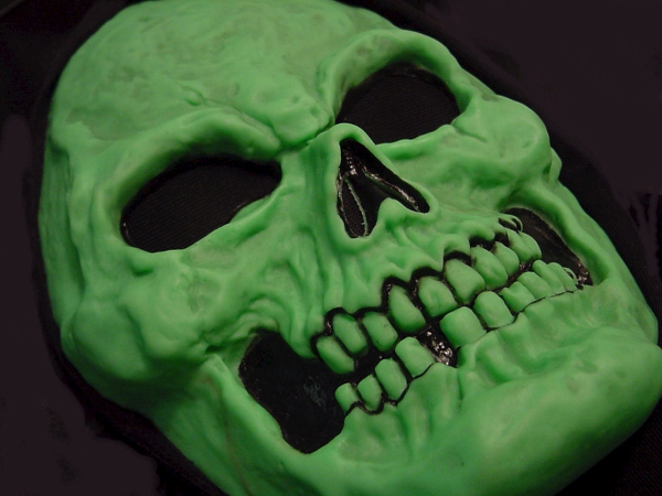 Как сделать страшные маски своими руками